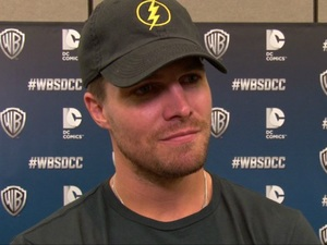 Arrow star talks romance, bromance, secrets and love rivals.