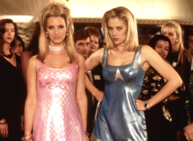 Lisa Kudrow & Mira Sorvino in Romy and Michele's High School Reunion