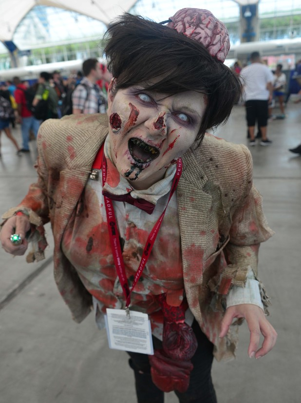 aption:SAN DIEGO, CA - JULY 27: Fans attend Day 4 of Comic-Con International 2014 on July 27, 2014 in San Diego, California. (Photo by Frazer Harrison/Getty Images)
