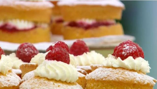 The Great British Bake Off: Jam Sponges