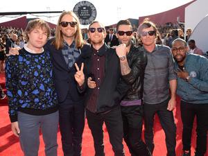 Maroon 5 at the MTV Video Music Awards 2014