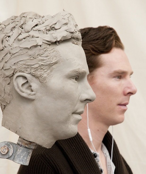 Benedict Cumberbatch puts the finishing touches to his Madame Tussauds clay head