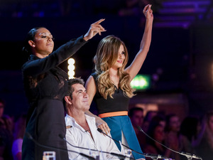 Mel B and Cheryl Cole dance on The X Factor