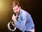 Kaiser Chiefs unveil new single 'Falling Awake'
