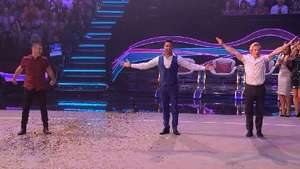 The Tumble judges show H from Steps just how a backflip is done after a challenge from Nadia.