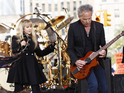 Lindsey Buckingham discusses working on new material with Christine McVie.