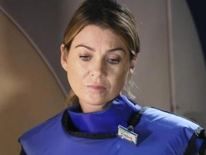 Ellen Pompeo in Grey's Anatomy S11E01: 'I Must Have Lost It On the Wind'