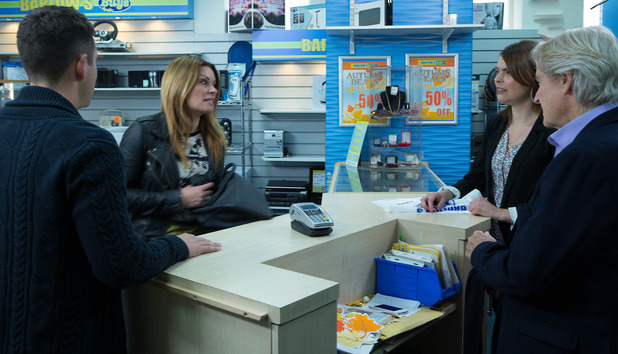 Carla is horrified to see Tracy selling Rob's possessions