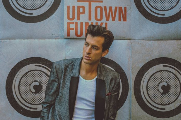 Mark Ronson press shot 2014.