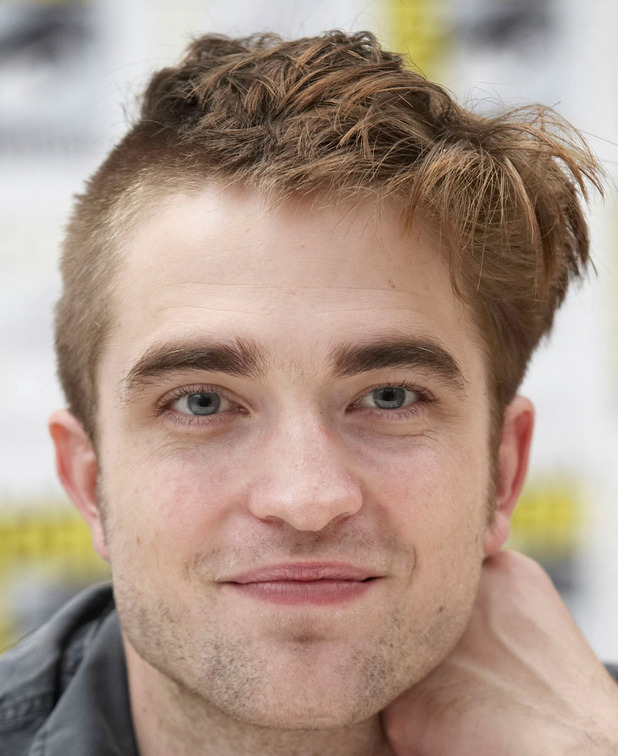 The Twilight Saga Breaking Robert Pattinson