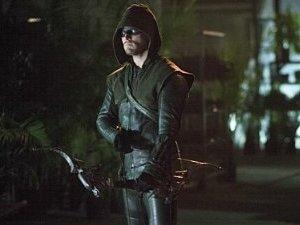 Arrow S03E07: 'Draw Back Your Bow'