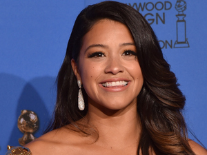 Gina Rodriguez wins at the Golden Globes 2015 - showbiz-golden-globes-tv-winners-4