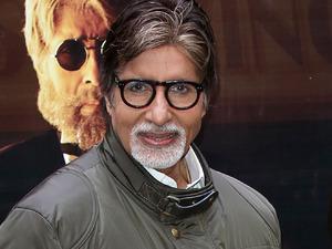 Amitabh Bachchan, Akshara Haasan and Dhanush at the Shamitabh photocall