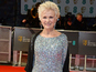 Julie Walters criticises soap 'snobbery'