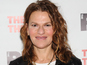 2 Broke Girls adds Sandra Bernhard