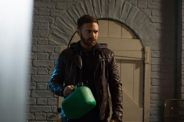 Dean plans to commit arson