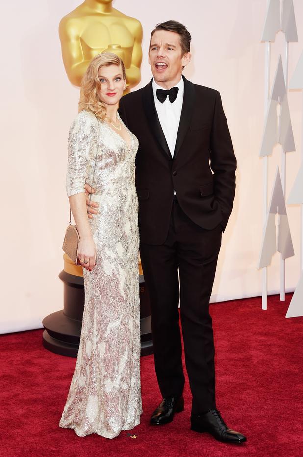 Ethan Hawke brings wife Ryan to the Oscars - Oscars 2015 ...