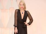 Margot Robbie strikes a pose at Oscars