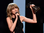Taylor Swift sweeps iHeartRadio Music Awards