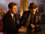 Benjamin McKenzie as Gordon and Donal Logue as Bullock in Gotham S01E19: 'Beasts of Prey'