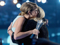 Taylor Swift's mom gives emotional AMC speech