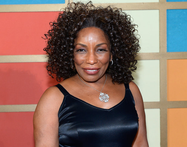 stephanie mills never knew