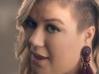 Kelly Clarkson debuts her new music video for 'Invincible'