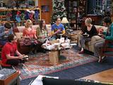 Simon Helberg, Johnny Galecki, Melissa Rauch, Mayim Bialik, Jim Parsons, Kaley Cuoco-Sweeting and Kunal Nayyar in The Big Bang Theory