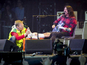 Grohl breaks leg on stage but plays on