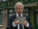 The Ken Barlow actor confirms he will appear in September's live episode.