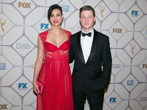 Ben McKenzie and Morena Baccarin at the Emmys